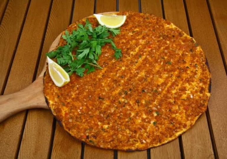 Pide / Lahmacun